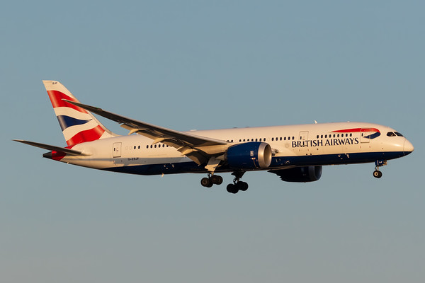 British Airways B787-8 (G-ZBJF)