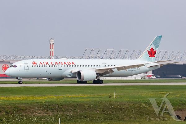Air Canada B787-9 (C-FGDZ)-2