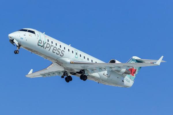 Air Canada Express CRJ-200 (C-GOJA)-2