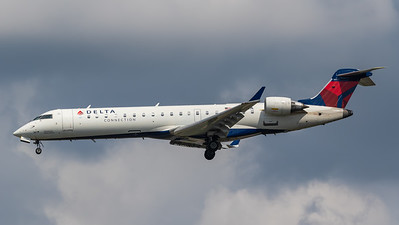 Delta Connection CRJ-700 (N367CA)