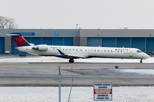 Delta Connection CRJ-900 (N299PQ)