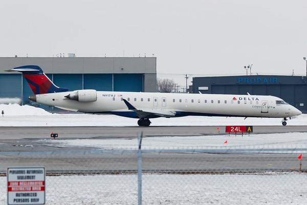 Delta Connection CRJ-900 (N917XJ)