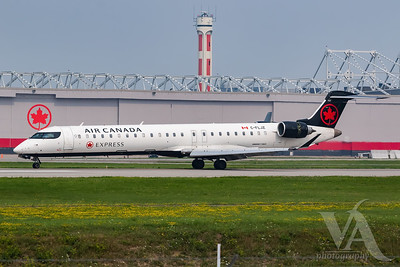 Air Canada Express CRJ-900 (C-FLJZ)-2