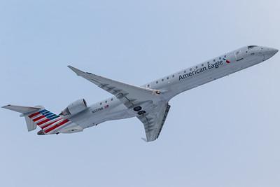 American Eagle CRJ-900 (N599NN)