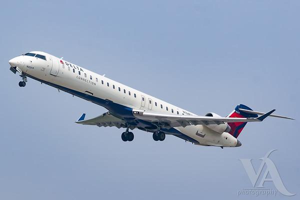 Delta Connection CRJ-900 (N134EV)