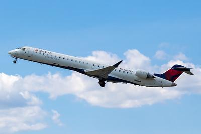 Delta Connection CRJ-900 (N922XJ)