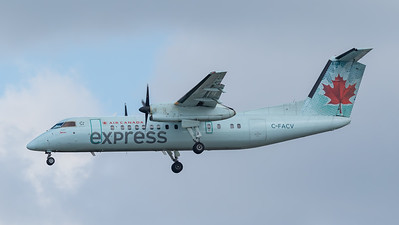 Air Canada Express Dash 8-300 (C-FACV)