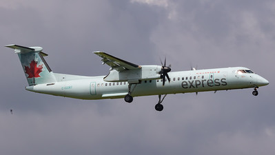 Air Canada Express Dash 8-400 (C-GGNY)