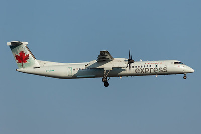 Air Canada Express Dash 8-400 (C-GGNW)