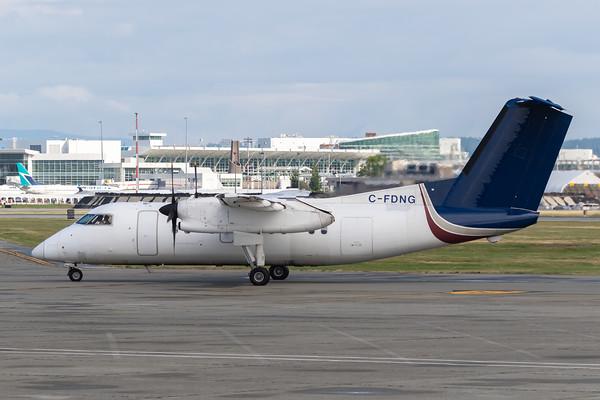 Central Mountain Air Dash 8-100 (C-FDNG)