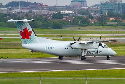 Air Canada Express Dash 8-100 (C-FGRP)