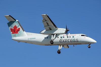 Air Canada Express Dash 8-100 (C-GONW)