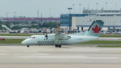 Air Canada Express Dash 8-100 (C-GONY)