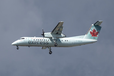 Air Canada Express Dash 8-300 (C-GNON)