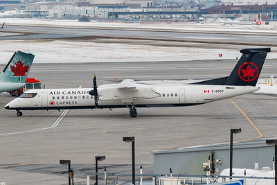 Air Canada Express Dash 8-400 (C-GGOY)-3