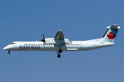 Air Canada Express Dash 8-400 (C-GGND)