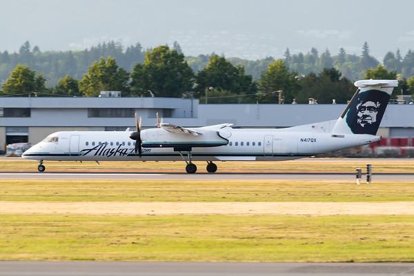 Horizon Air Dash 8-400 (N417QX)-2