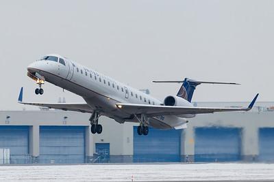 United Express ERJ-145 (N27190)-2