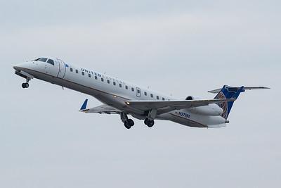 United Express ERJ-145 (N27190)-3