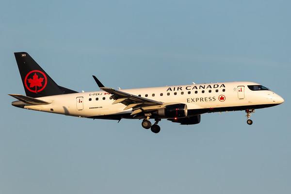 Air Canada Express EMB-175 (C-FEKJ)-2