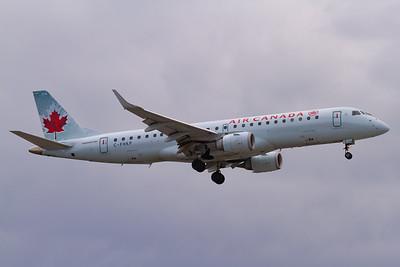 Air Canada EMB-190 (C-FHKP)