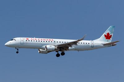 Air Canada EMB-190 (C-FHOS)