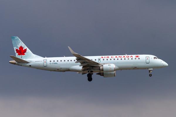 Air Canada EMB-190 (C-FHNL)