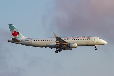 Air Canada EMB-190 (C-FNAJ)