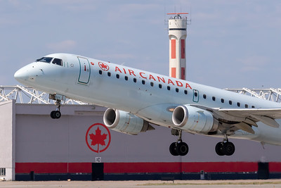 Air Canada EMB-190 (C-FHOS)-3