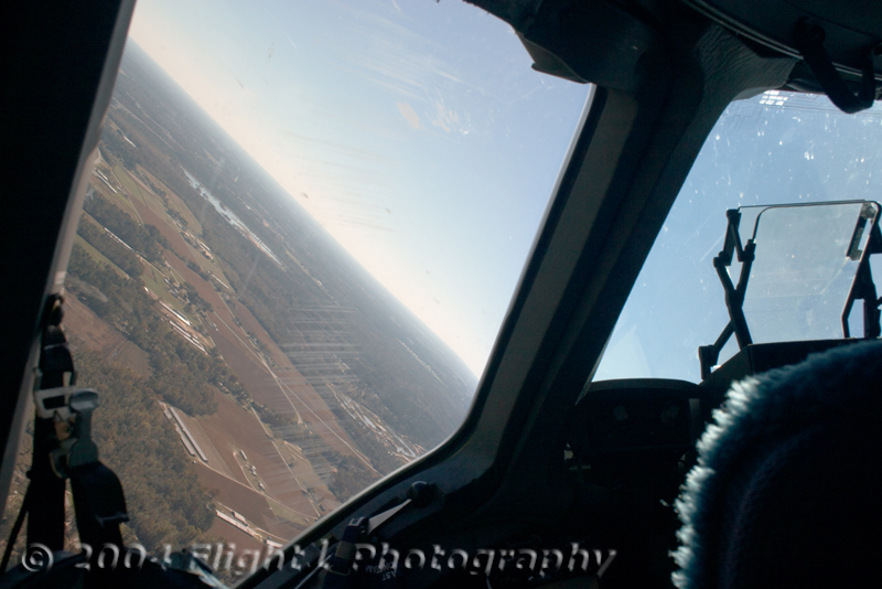 Banking into the 360 overhead approach for an assault landing