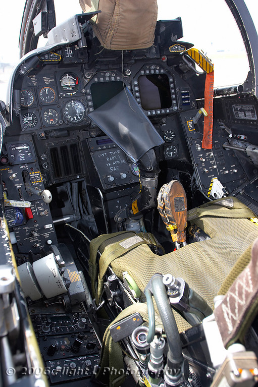 The front cockpit of AJ-207