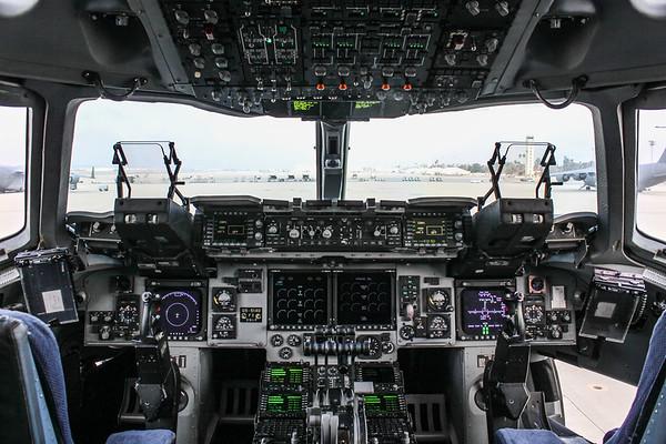 C-17 Flight Deck '05-5140'