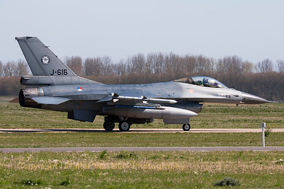 Royal Netherlands Air Force F-16AM (J-616; cn6D-48), taxiing out to the active runway for another FF-2015 mission, at Leeuwarden Air Base.