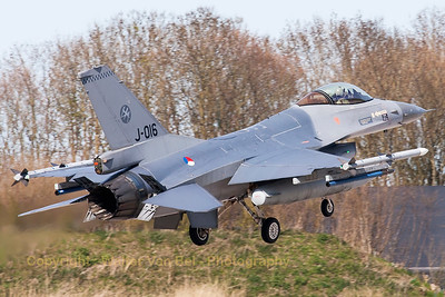 Royal Netherlands Air Force F-16AM (J-016; cn6D-172), recovering to Leeuwarden Air Base (RWY05), at the end of another Frisian Flag 2015 mission.