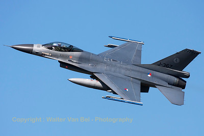 Royal Netherlands Air Force F-16AM (J-367; cn6D-124), nicely banking on take-off from RWY23 at Leeuwarden AFB, at the start of another FF2015 mission.
