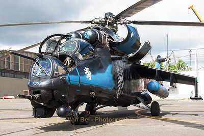 """The beautiful Czech Republic Air Force Mi-24V """"Hind"""" (7353; cn087353), seen at the ramp - just after her arrival - at Beauvechain Air Base, during the spottersday for the THPU-exercise (Tactical Helicopter Procedures Update)."""