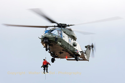 Belgian Air Force NHI NH-90 TTH (RN-06; cn1296/TBEA02), seen here in action, during the spottersday for the THPU-exercise (Tactical Helicopter Procedures Update).