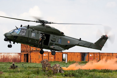 Belgian Air Force NHI NH-90 TTH (RN-05; cn1237/TBEA01), in action during the spottersday for the THPU-exercise (Tactical Helicopter Procedures Update) at Beauvechain Air Base.