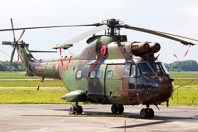 A French Army SA-330B Puma (1123; cn1123; DCJ) from 5 RHC (5 Régiment d'Hélicoptères de Combat), seen at the ramp at Beauvechain Air Base, during the spottersday for the THPU-exercise (Tactical Helicopter Procedures Update).