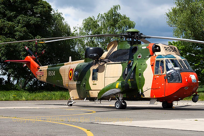 "Belgian Air Force ""Sea King"" Mk48 (RS04; cnWA834), seen at the ramp at Beauvechain Air Base, during the spottersday for the THPU-exercise (Tactical Helicopter Procedures Update)."