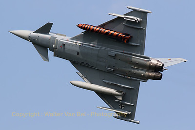 "German Air Force Eurofighter EF-2000 Typhoon S (30+72; cnGS053) from TLG-31 based at Norvenich AFB, banking very hard (to show her ""Bronze-Tiger""-fueltank) on take-off from RWY23 at Leeuwarden AFB, at the start of another FF2016 mission."