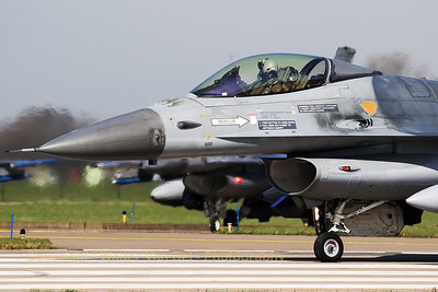 "Close-up of a Belgian Air Force F-16AM (FA-116; cn6H-116), turning onto RWY24 at Leeuwarden Air Base. The pilot signals ""thumbs up"" to his wingman, prior to take-off for another mission during Frisian Flag 2017."