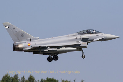 A Spanish Air Force EF-2000S Typhoon (C16-51;11-17; cn SS032) from ALA11 on final for RWY08L at Florennes AFB at the end of the morning mission during Tactical Weapons Meet 2017.