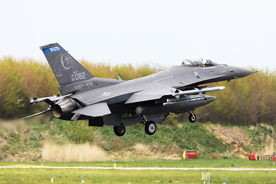 US Air Force F-16CM (96-0082; cnCC-204), about to touch down on RWY06 at the end of another mission during Frisian Flag 2019 at Leeuwarden AFB. This F-16CM belongs to the 179th Fighter Squadron (179 FS), a unit of the Minnesota Air National Guard 148th Fighter Wing located at Duluth Air National Guard Base.