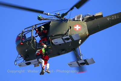 Real rescue - by a Swiss Air Force Alouette III (V-282, cn 158/1104) - of an unlucky hiker on the slopes of Axalp, just after the 2005 air show (so, for the people in the neighborhood, this was a very nice extra...).