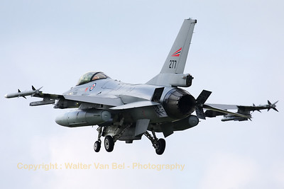 Royal Norwegian Air Force F-16AM (277) on final for RWY24 at Leeuwarden AFB, after another mission during Frisian Flag 2012.