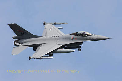 Royal Norwegian Air Force F-16AM (663), banking and turning final for RWY24 after another mission during Frisian Flag 2012