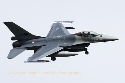 Royal Netherlands Air Force F-16AM (J-196), from 312sq (but with 313sq marks) at EHVK, turning final for RWY24 at the end of another mission during Frisian Flag 2012 at Leeuwarden.