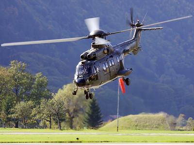 SwissAF_AS532UL_T-332_LtSt6_Meiringen_20051011_IMG_2798_WVB_1200px