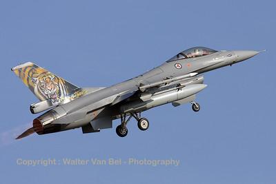 RNoAF_F-16AM_671_6K-43_FLO_EBBL_20090918_IMG_16534_RT8_WVB_ed2